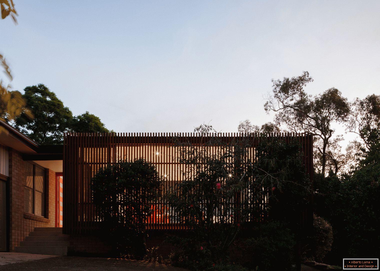0030a64d1 Zhoda architektúry a svetla: interiér malého domu v projekte